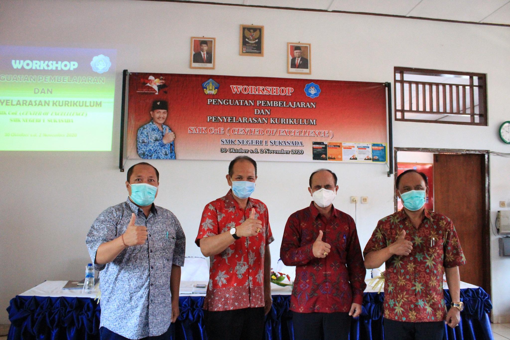 Pembukaan Workshop Penguatan Pembelajaran dan Penyelarasan Kurikulum SMK CoE (Center of Excellence)